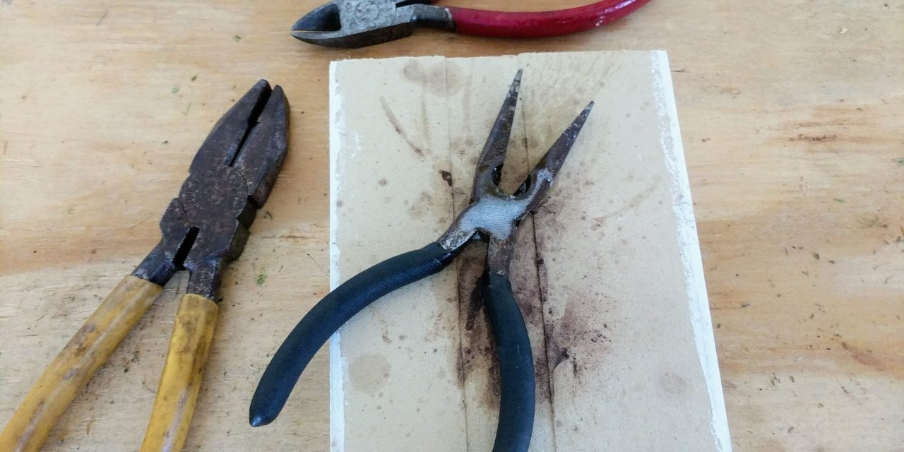 Freeing up old pliers